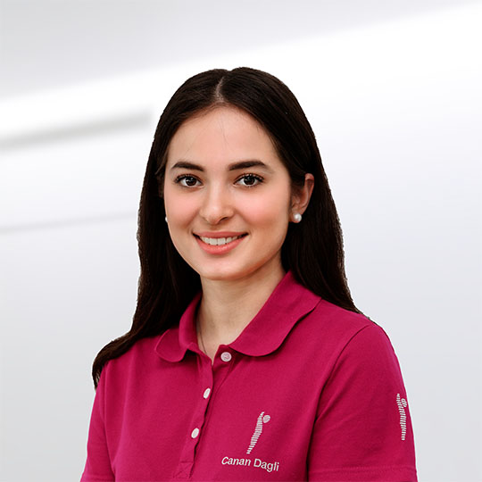 Canan Dagli - Auszubildende zur Medizinischen Fachangestellten in der staufenklinik Göppingen
